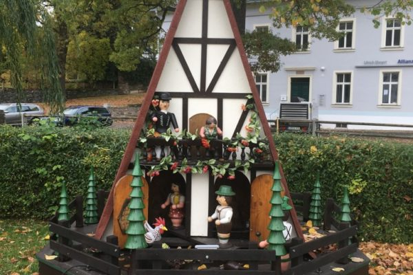Dorfmuseum_Gahlenz_Ortspyramiden001_web